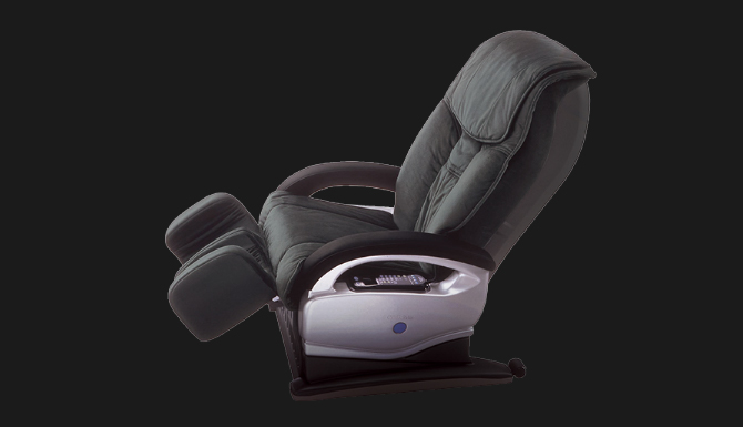 2002 Mega hit for innovative design and technology. [CYBER-RELAX Massage chair AS-003]